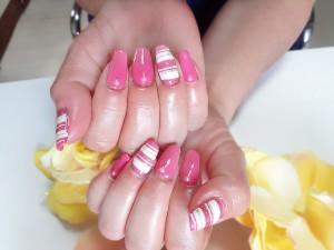 hand20150526pinkline1