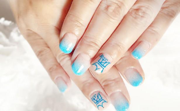 hand20151116blue2