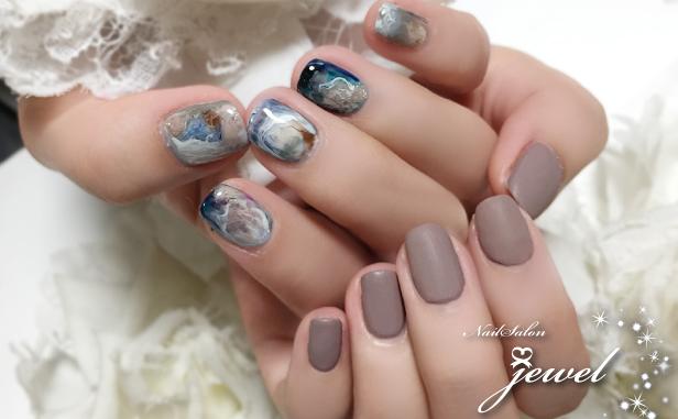 hand20190503blue01