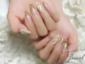 hand20190508gold01